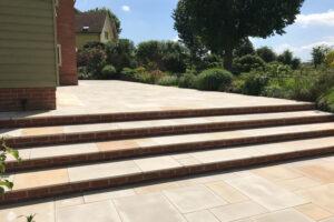 Contemporary patio and steps